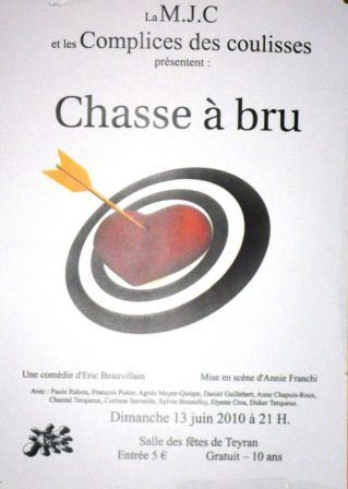 Affiche-ChasseABru-ayb-LesComplicesDesCoulisses.JPG